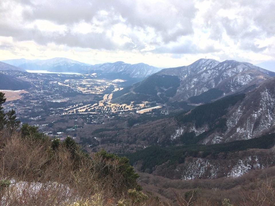 金時山から芦ノ湖を望む
