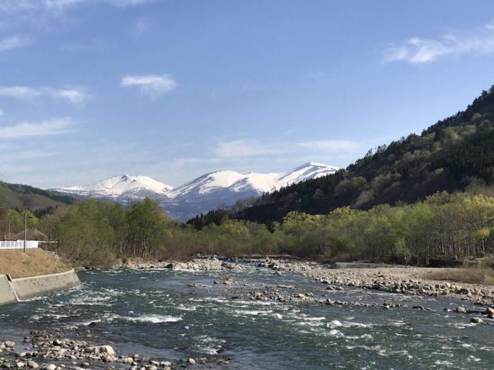 寒河江川と出羽三山