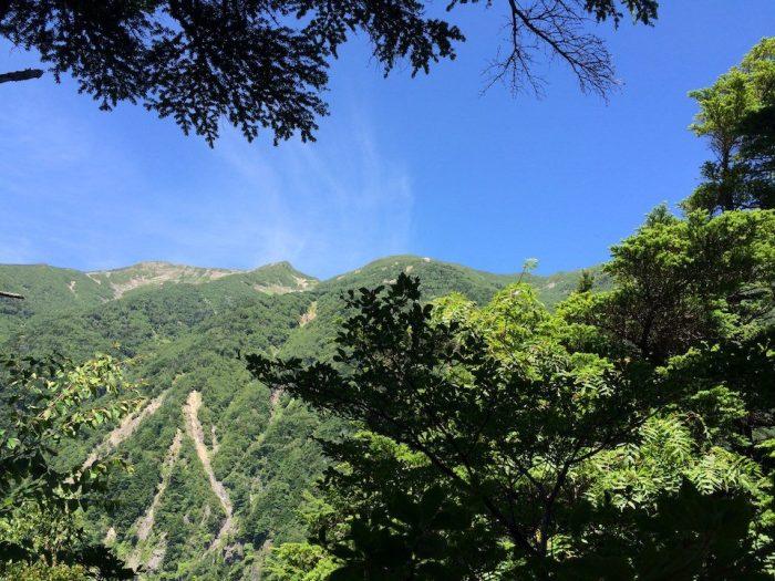 前聖の稜線