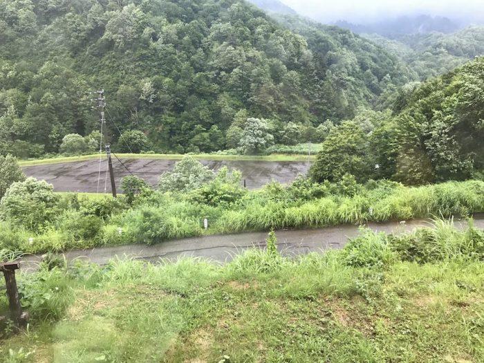 浅草山荘の下にある駐車場