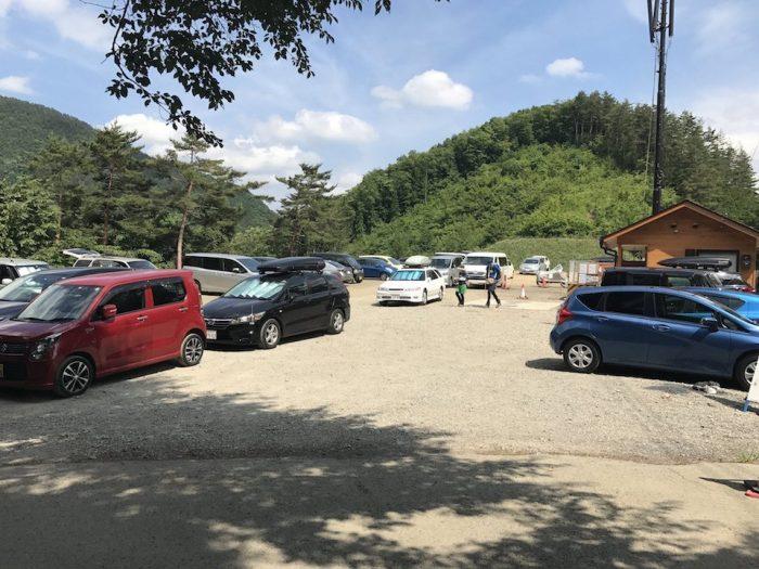 丹波山村の村営駐車場