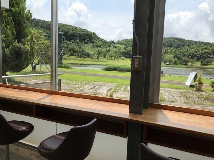 niigata coffee laboのカウンター席