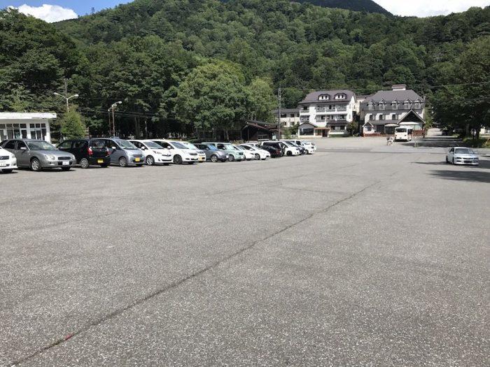 奥日光湯元温泉の無料駐車場