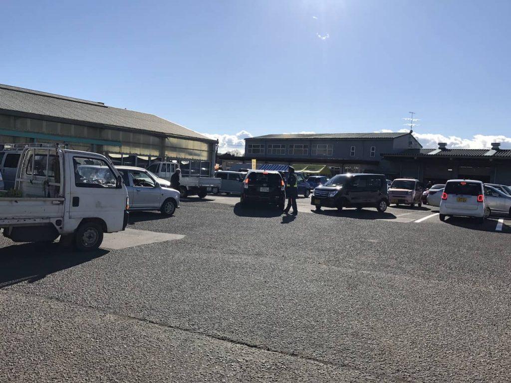 海老名グリーンセンターの駐車場