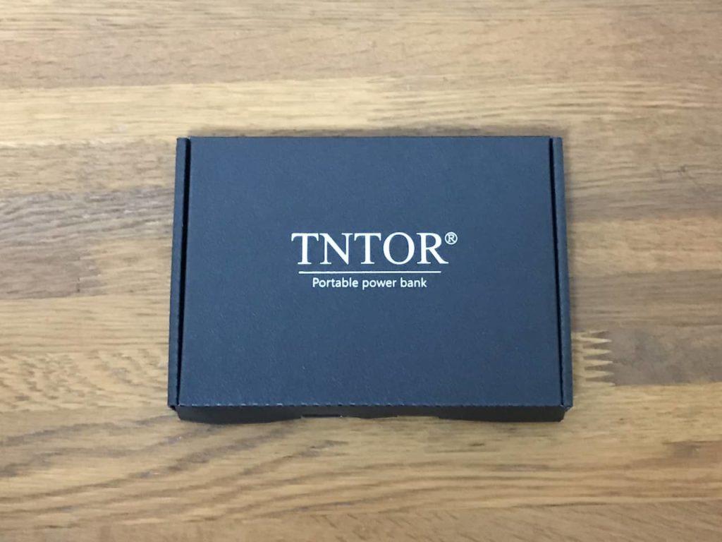 TNTOR モバイルバッテリーのパッケージ
