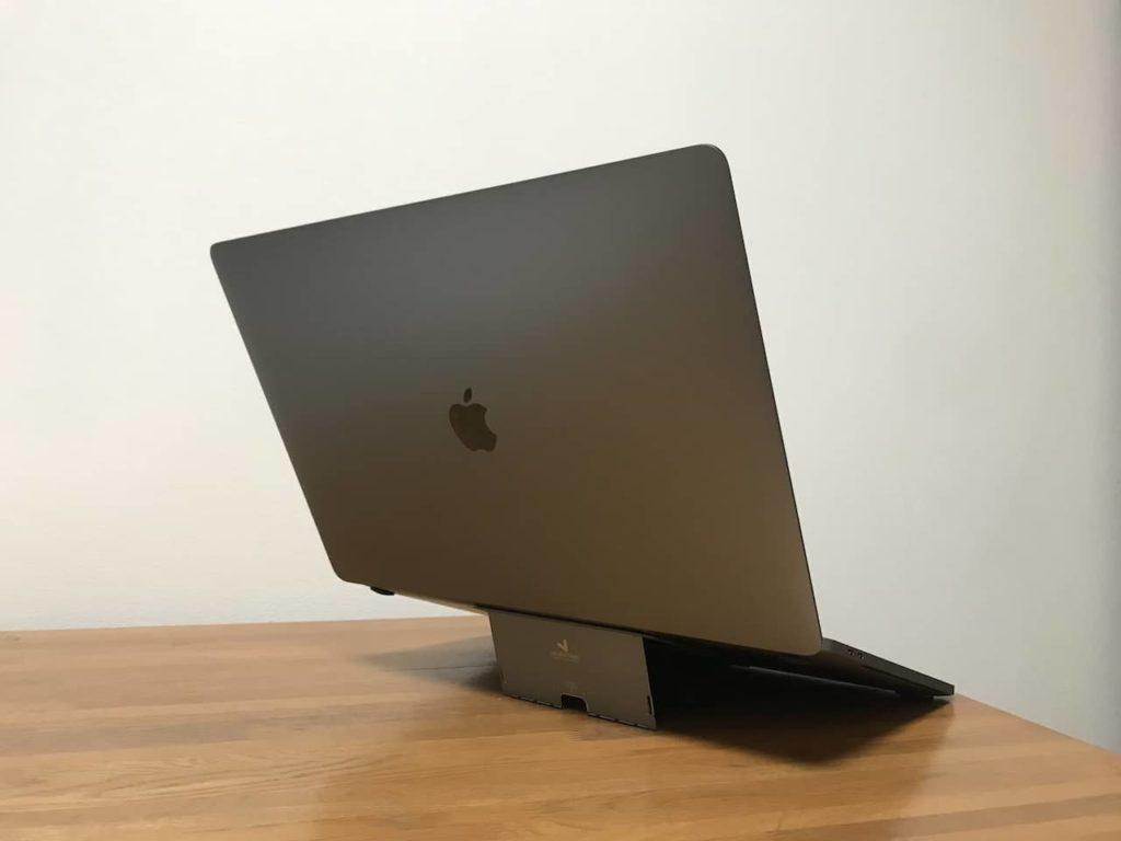 Macbook pro 16インチとMajextand